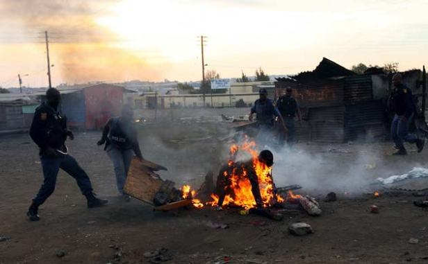 south_africa_burning