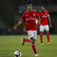 Benfica want €200 million for the 'new Cristiano Ronaldo'